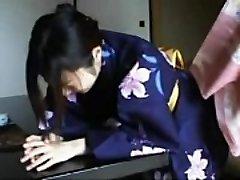048 Kimono Girl'_s Discipline - Smacking