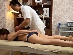 Soft Wife Gets Perverted Massage (Censored JAV)
