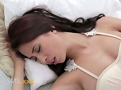 Climaxes Young huge-chested asian indian girl romantic breeding