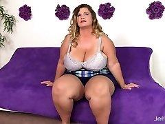 Big boobed fat girl Hailey Jane bare and banging