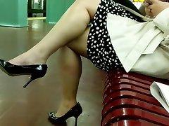 Big Sexy Bare Legs
