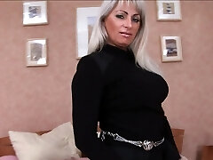 Mature pussy is fucked in every crevice