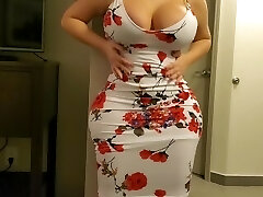 Millionaire Pays A Curvy IG Model For Hotel Banging