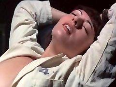 Greta - Haus ohne Manner - Ilsa the Sinful Warden (1977)