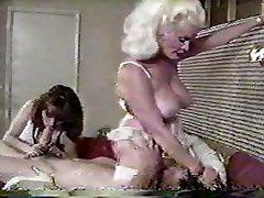Helga Sven ass-smothering John Holmes - smurf