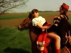 Vintages deutsches schnelles ficken auf pferd  heuhaufen