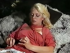 Vintage Paramour Gang 2  N15