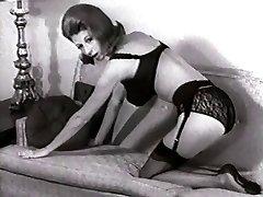 Bed STRIP - vintage nylons pantyhose striptease big boobs