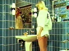 Retro Peeing