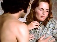 1974 German Porno classic with amazing bombshell - Russian audio