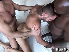Fat dick jock threesome with cumshot