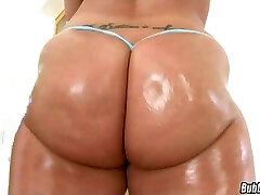 One Yam-sized Plump Butt