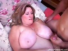 Super-sexy mature BBW loves to fuck
