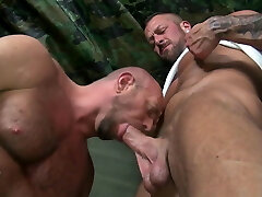 Daddies Riding