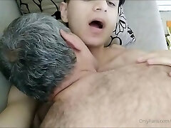 Crispy Boy in a Very Hot Sex Flash With Old Fellow