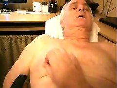 Old gay men sucking a nice cock