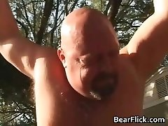 Big queer bears bone and suck stiffy in the part1
