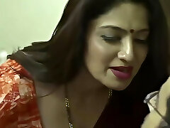 indian mature aunty temptation