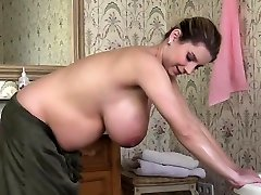 Natural globes pregnant sex with cumshot