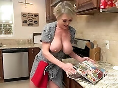 Whorish Housewife Gets Fucked Up The Ass by Random Guy She Encountered Online