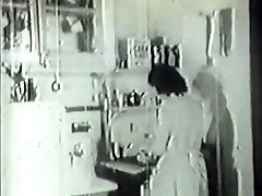 Handyman fucks wild housewife in vintage porn