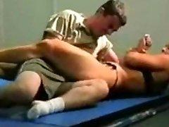 mingled grappling fbb Christine Fetzer bodybuilder scissors part 2