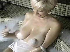 Danni Ashe First Video Hooters On Fire