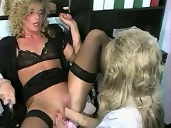Sandra Fox, Handballing and Lesbian Fun with other gals 03