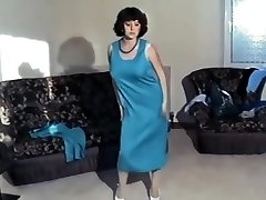 She star - antique jiggling college girl big bumpers dance strip