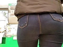 Watching for ultra-cute blonde s butt
