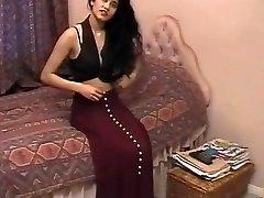 British Indian Damsel Shabana Kausar Retro Porno