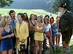 1974 German Pornography classic with amazing beauty - Russian audio