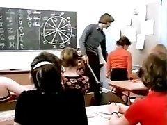 Lasse Brown : Schoolgirla Education
