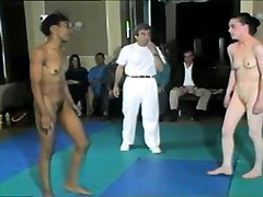 Nude Wrestling 01