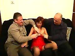 TRACEY - BRITISH MATURE HOME VIDEO