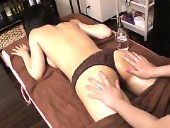 Puro lesbian scene porno con la splendida Aoi Miyama