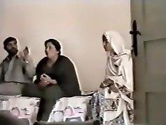 Pakistani Lahore Aunty Fuck With boy