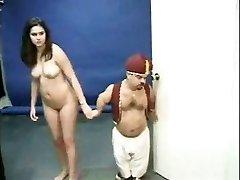 Kacey Kox a trpaslík