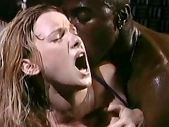 Roxanne Blaze Interracial scény