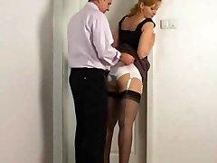 škubání na tajemníka kalhotky zadek