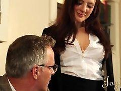 JOYBEAR Sexy Sekretářka Samantha Bentley odměněn tím, že ředitel školy