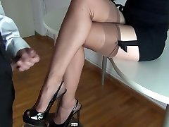 Cum on jaw-dropping legs in stockings