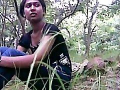 desi girl smashed outdoor
