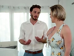 Mommy with hypnotizing cleavage Dee Williams screws her handsome stepson