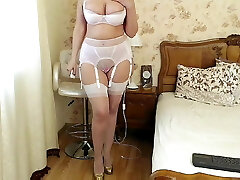 Mature mommy in lingerie 1