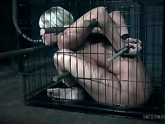 Tramp with plump ass London River gets her pussy punished in the dark room