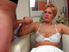 Ugly girl gives mean roap handjob