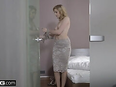 Glamkore - Euro Honey Anny Aurora's Voluptuous Fuck with hubby