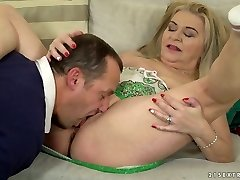 Chunky ash-blonde haired messy harlot Betsy B is so into working on firm dick