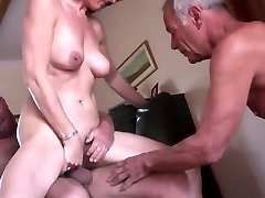 Amateur mature hotwife threesome